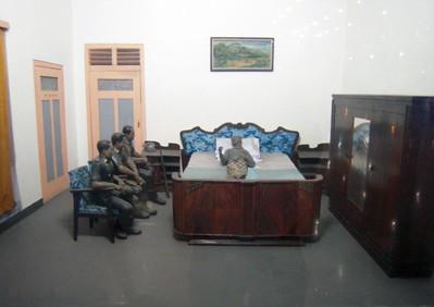 MONAS diorama
